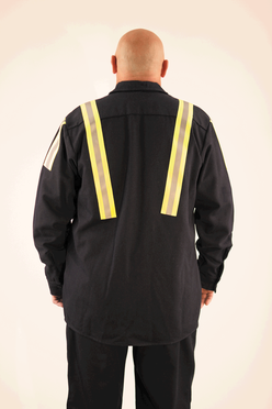Back of TenCate Oasis secondary layer shirt for molten metal protection