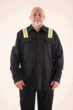 Front of TenCate Oasis secondary layer shirt for molten metal protection